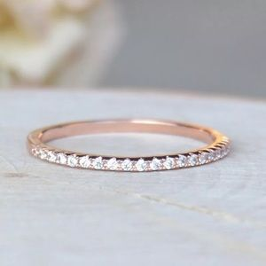 Jewelry - NWOT  18k rose gold plated classic delicate ring